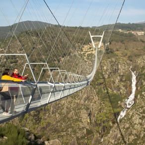 Cel mai lung pod pietonal suspendat din lume, inaugurat în Portugalia / Foto