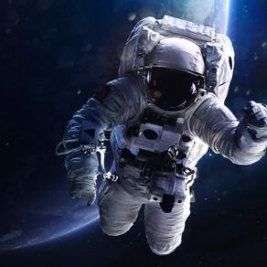 Peste 250 de români vor să devină astronauți