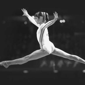 Fetița care nu zâmbea niciodată și 45 de ani de la prima notă de 10 din istoria gimnasticii/Video