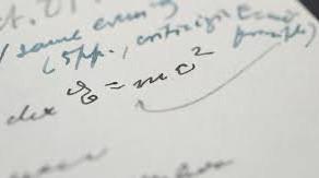 O scrisoare rara despre Teoria relativitatii, semnata de Einstein, s-a vandut la licitatie
