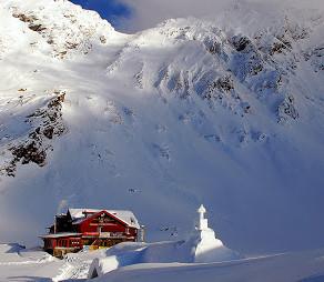 Risc de avalanse în Munții Făgăraș