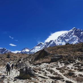 Coronavirusul a ajuns pe Everest