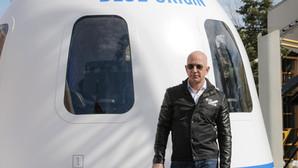 Încă un miliardar zboară în Spațiu
