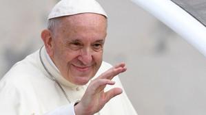 Papa Francisc îi îndeamnă pe jurnaliști să meargă pe teren