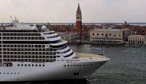 Venetia interzice marile nave de croaziera/FOTO+VIDEO