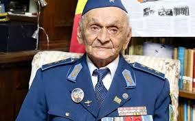 Eroul Ion Dobran împlinește 102 ani