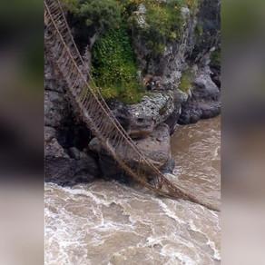 Ultimul pod incas s-a prăbusit din cauza restrictiilor sanitare/FOTO+VIDEO