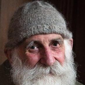 La 84 de ani, un fost fermier este vedetă pe Youtube / Video