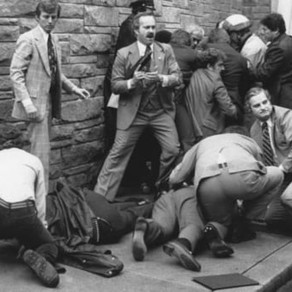 Bărbatul care a încercat să-l asasineze pe Ronald Regan ar putea fi eliberat