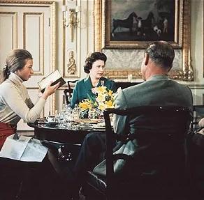 Un documentar despre familia regală britanică a fost eliminat de pe YouYube / VIDEO