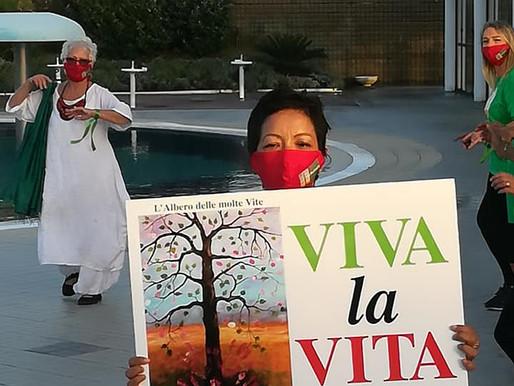 """LA CURA OLTRE LA CURA. Flash mob delle """"magliette verdi"""" sul brano Jerusalema: inno alla vita!"""
