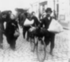 Belgian refugees in Holland.jpg