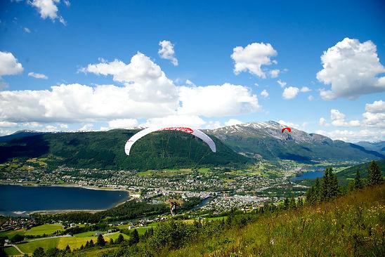 Voss_paraglider_Erik_Østlie.jpeg