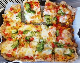 Tasty wholemeal pizza