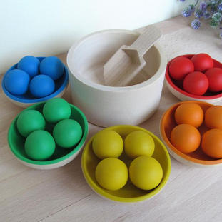Etsy Ann Green Club Wooden Rainbow Bowls and 15 or 20 Balls