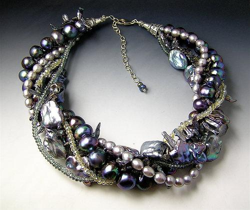 Aurora Twist Necklace