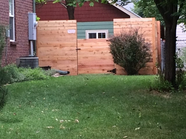 driveway-gate-repair-young-brothers-fence.jpg