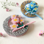 The Pink and Original Blue Sweet Patricia Brooches