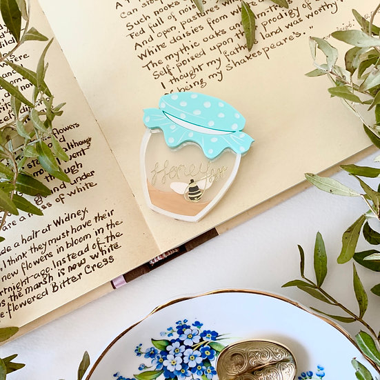 *Seconds Sale* Mint Mini Homely Honeypot Brooch