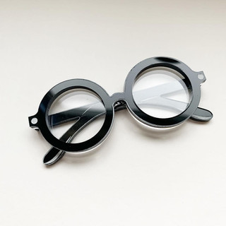 The Wizards Spectacles Brooch *Black Frames*