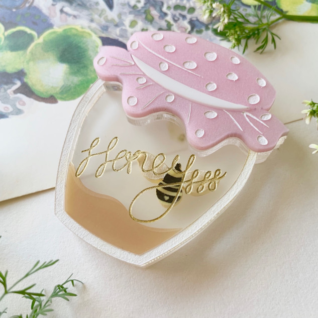 Original Size Pink Homely Honeypot Brooch