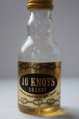 10 knots