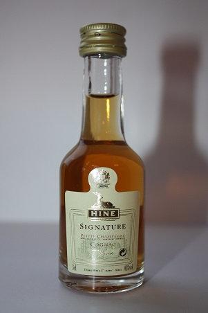 HINE Signature Petite Champagne Cognac