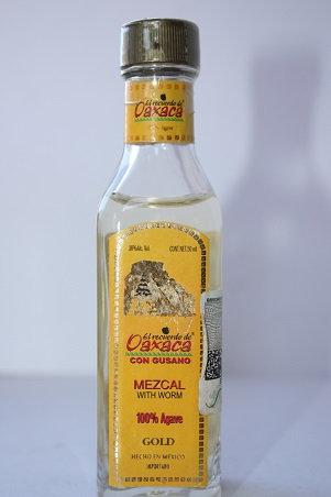El recuerdo de Oaxaca mezcal with worm gold