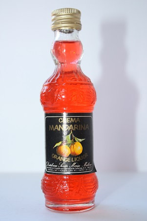 Crema Mandarina (orange liquor)