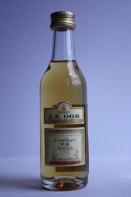 A.E. Dor cognac V.S.