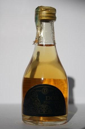 A.E. Dor fine cognac V.S.