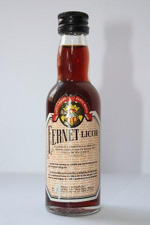 Fernet licor