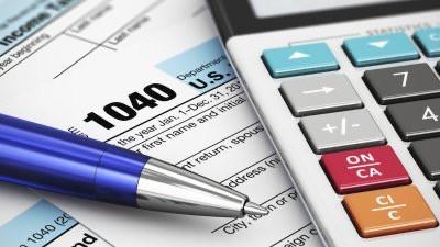 El IRS publico las tasas de impuestos federales y los grupos de ingresos para el 2020.