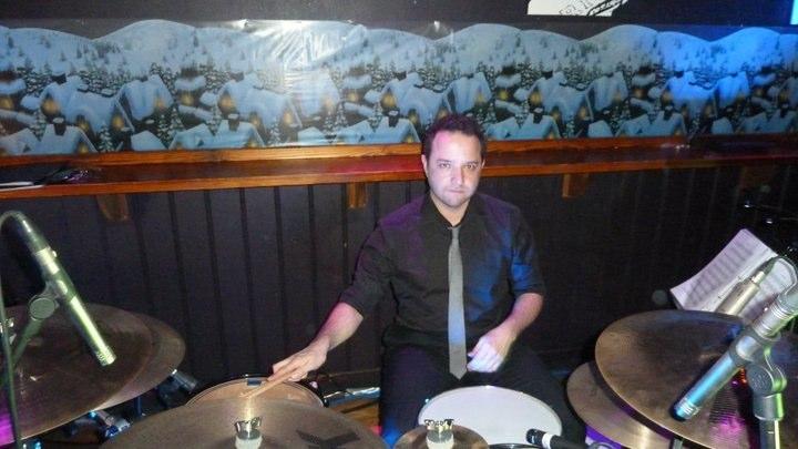 London Soul, Bar Med Crawley.