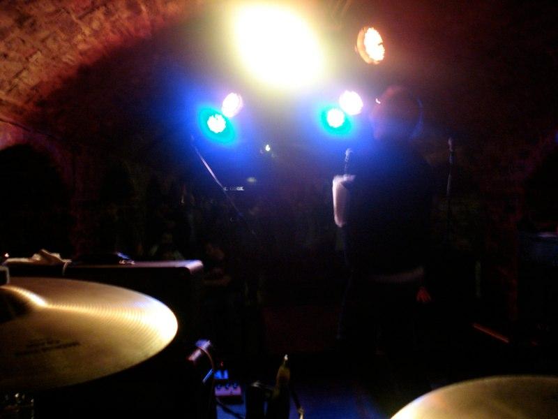 Plastic Heroes, The Cavern Club, Liv