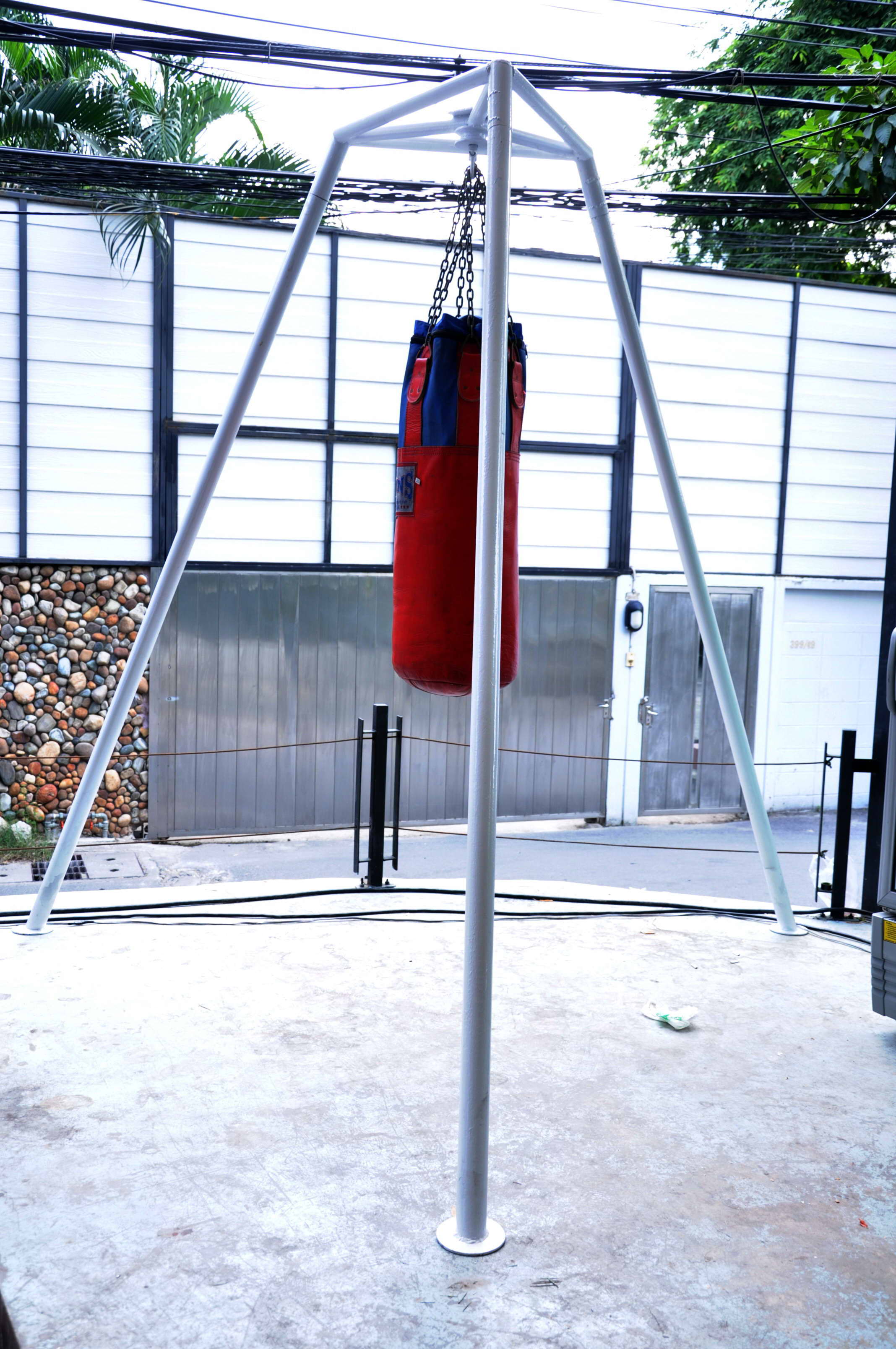 Heavy Bag Hanger