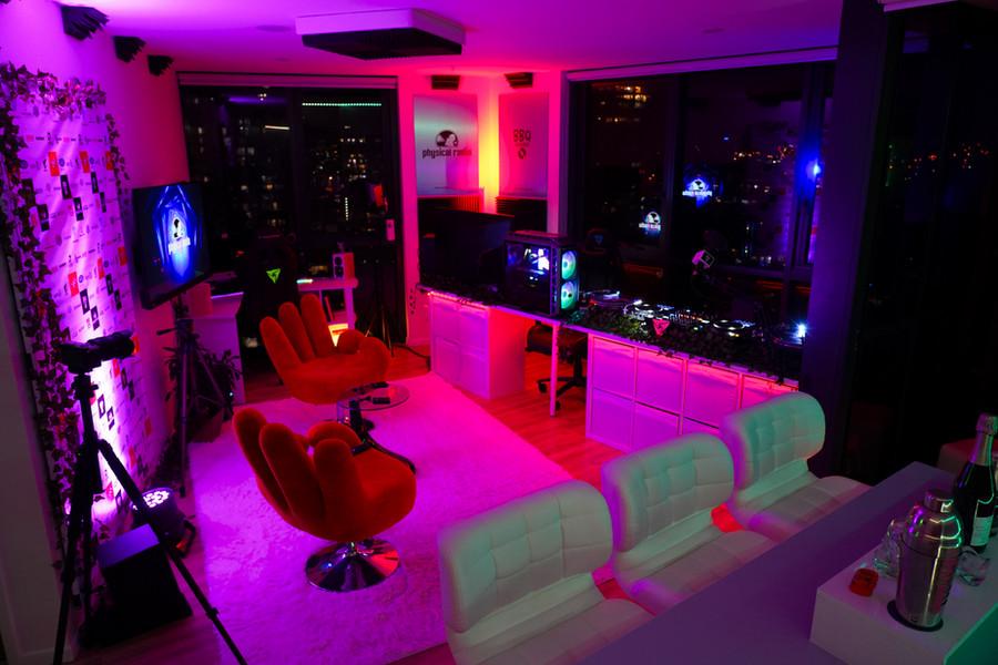 Physical_radio_australia_studio_setup_electronic_music_main_studio_