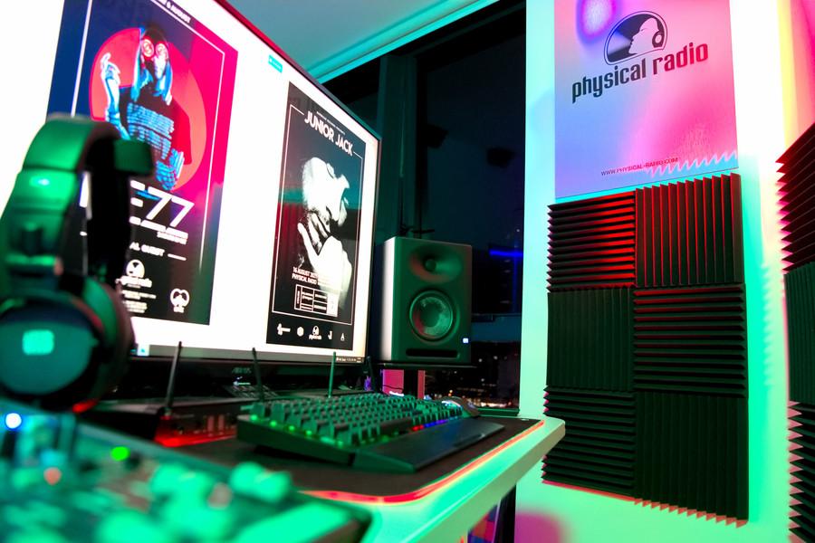 Physical_radio_australia_studio_setup_electronic_music_video_production_.jpg