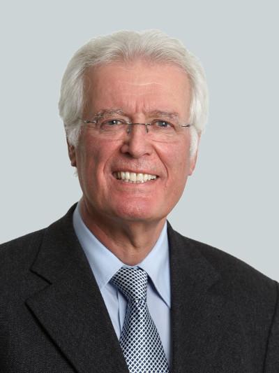 Portrait of Prof. Dr. Michael Köhler, founder and partner of PRS Prime Re Solutions