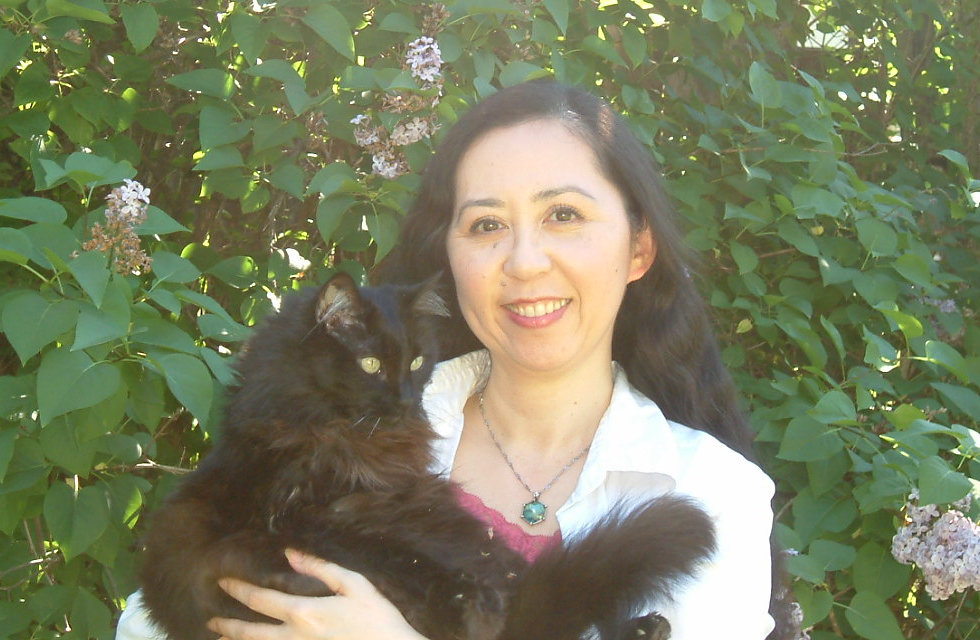 animal communicator Keiko with black kitty Fluffy - Golden Fairy 444