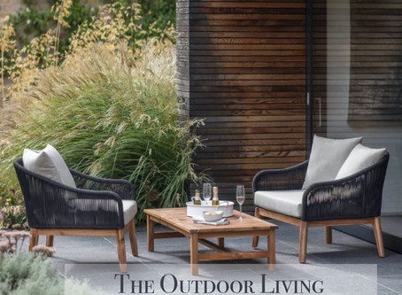THE OUTDOOR LIVING