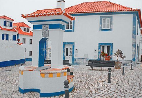 joana-pinheiro-T3fZ_2eS8ig-unsplash.jpg