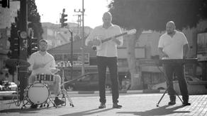 ״מוזיקה יוונית עם טוויסט״ ״טברנה אלטרנטיבית״