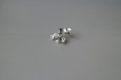 09 Plant earring in fine silver - hkd $480