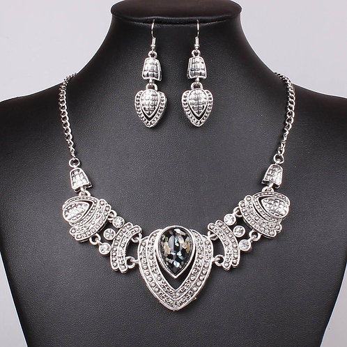 Tibet Tribal Heart Necklace Set