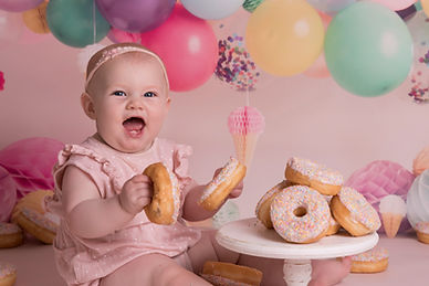 donut cake smash_ IMG_7705.jpg