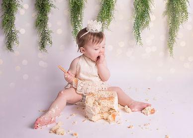 Cake Smash Photos Near Me_ Darcey_025_03