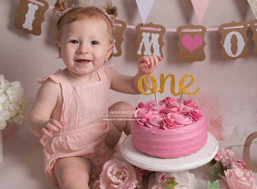 Lily-Rose: Cake Smash Photoshoot