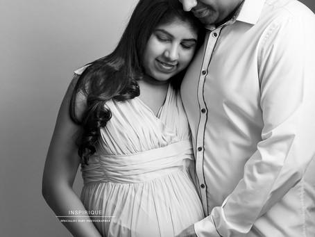 Ragini & Kamlesh: Maternity Photoshoot