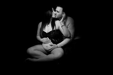 pregnancy photoshoot leics.jpg